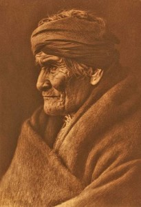 Geronimo defended Apache lands against Mexicans and Texan forces (by Edward S. Curtis)